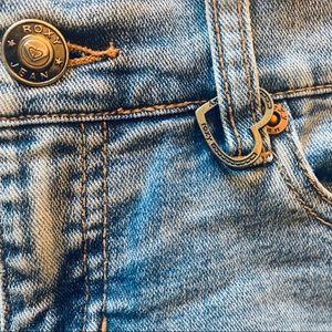 • RoxyJean Booty Shorts •